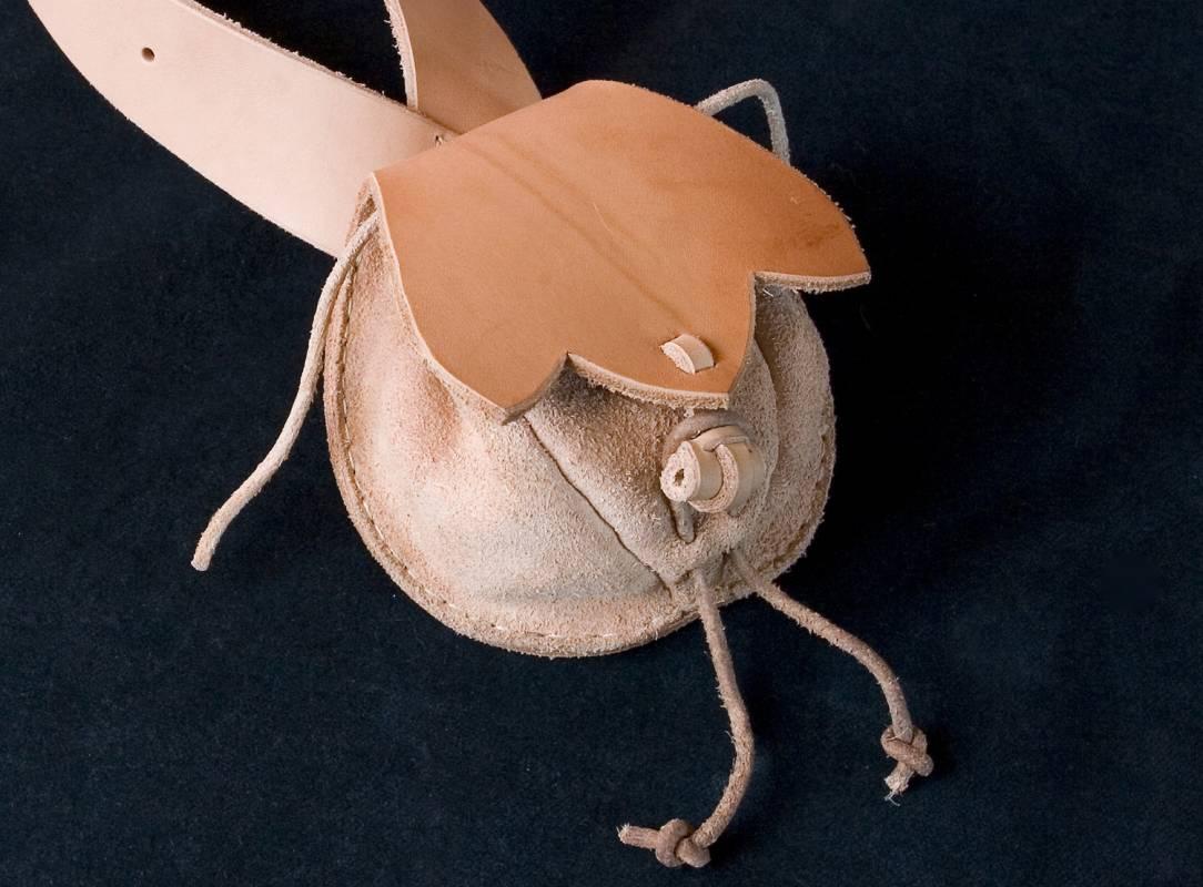 kožená taštice k bandalíru, tašvice, váček na kule